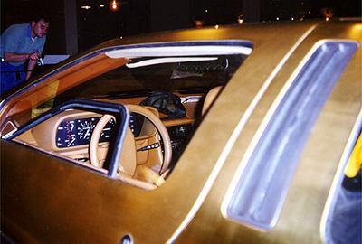 Intérieur DeLorean en or